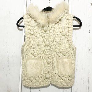 Alberto Makali Knit Sleeveless Fuzzy Cardigan